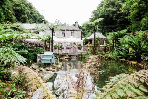 20. Authentic and natural wedding photography by Jennifer Jordan Photography Cornwall